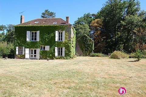 """Location pour salarié en déplacement de meublé : Chateau de Pont Chevron, Ouzouer sur Trezee, The """"Little"""""""