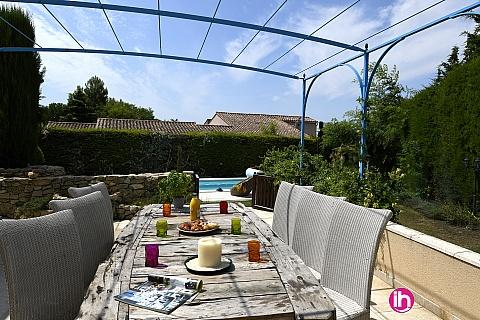 Location pour salarié en déplacement de meublé : Chateaurenard (13) Villa dans résidence proche ville