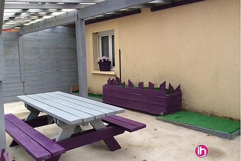 Location pour salarié en déplacement de meublé : LIMOGES - COMPREIGNAC Appartement GRIS et MAUVE