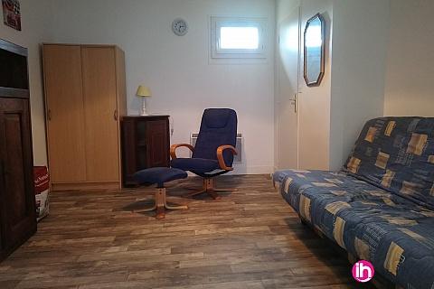 Location pour salarié en déplacement de meublé : ENTRE DAMPIERRE ET BELLEVILLE STUDIO REFAIT à NEUF