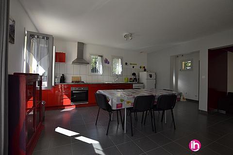 Location de meublé : TRICASTIN GRIGNAN BOLLENE, Villa récente tout confort de 4 à 6 personnes, à Colonzelle