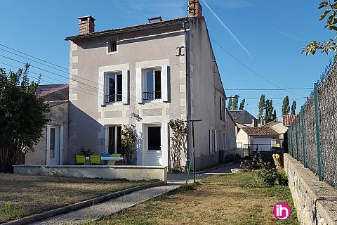 Location de meublé : CIVAUX Maison de village au calme - 4 Chambres /8 Lits  - 6 minutes du CNPE de Civaux 1