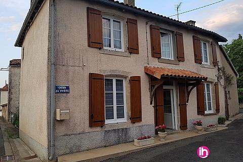 Location de meublé : CIVAUX, maison ancienne à étage de 150m², Pouzioux (Chauvigny)